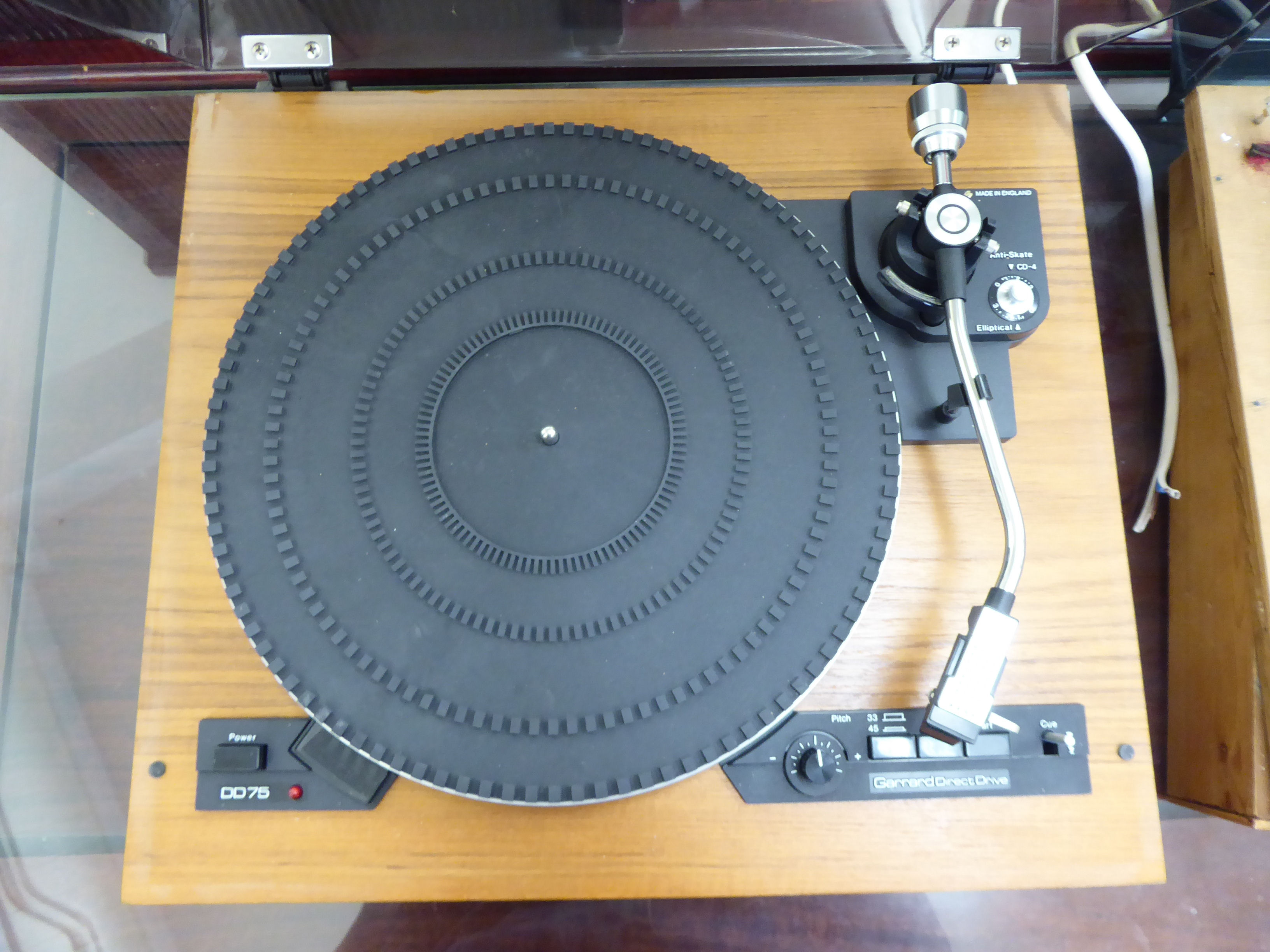 Lot 16 - A Connoisseur Craftsman turntable;
