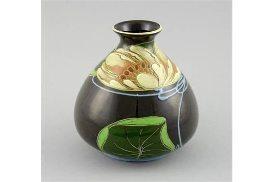Art Nouveau Vase Of Ovoid Decoration With Tube Line Decoration Of