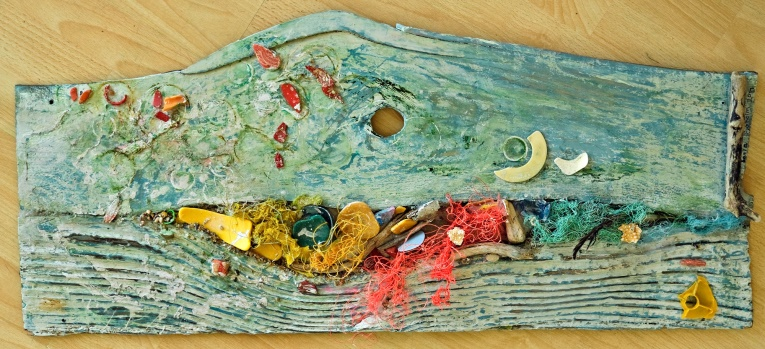 Lot 22 - Artist: Sonia Sjoholm Title: Tide Line Size: 37 x 84 x 4cm Medium: Baulk & Marine litter Sonia