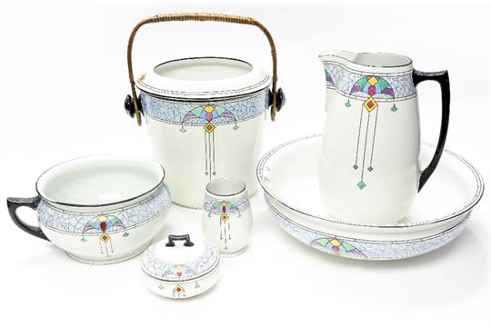 A Shelley toilet set, in the Secessionist style, including wash bowl