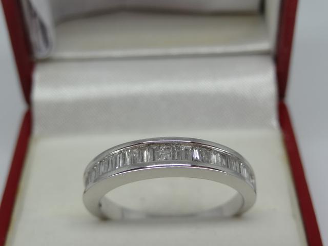 Semi Eternity Baguette Diamond Ring - Image 4 of 6