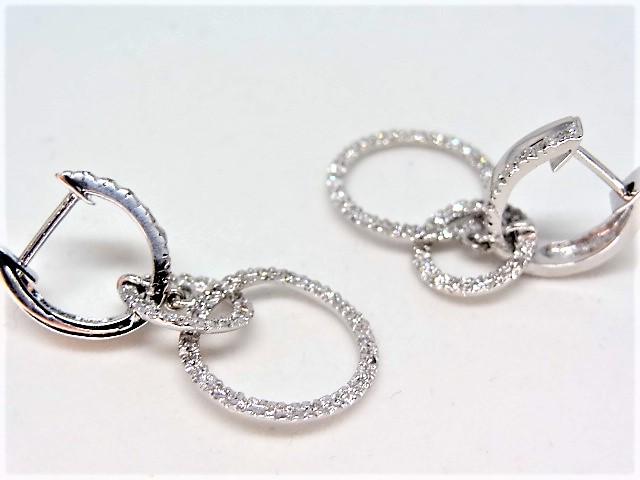 18k white gold earring 5.1 gr Approx. 50 diamonds per earring - Image 3 of 3