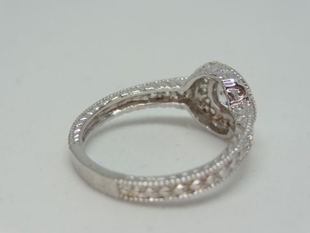 Ring Halo design ring with high grade cubic zirconia 10k white gold Size: N 1/2 . - Image 4 of 5