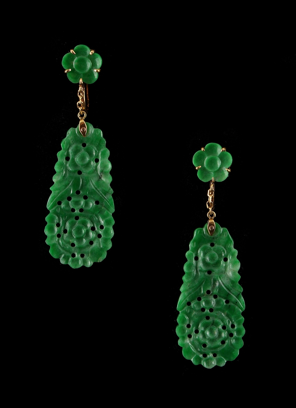 Lot 271 - A pair of Chinese carved jadeite pendant earrings, in 18ct yellow gold mounts, each with carved