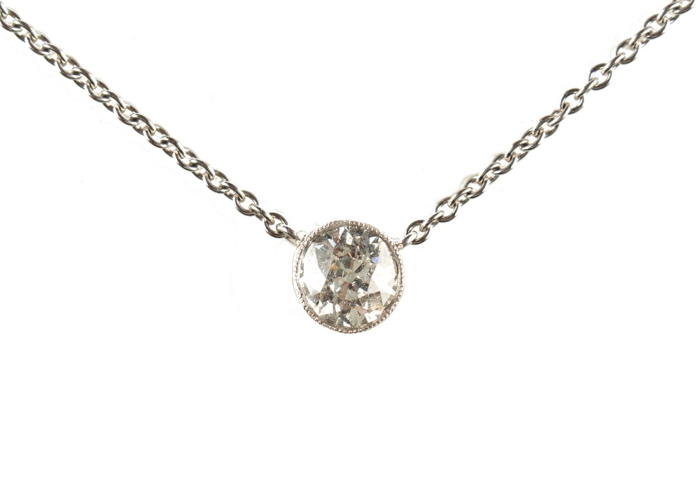 Lot 252 - A diamond solitaire pendant necklace, the round brilliant cut diamond weighing approximately 1.11