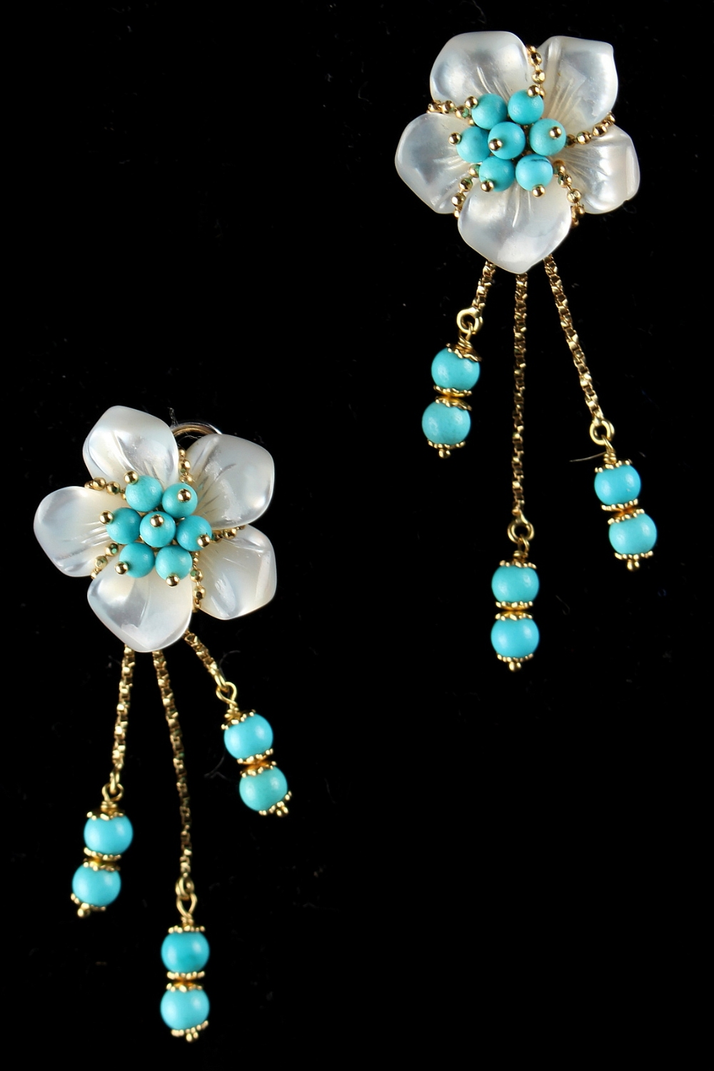 Lot 217 - A pair of Italian 18ct yellow gold rock crystal & turquoise tasselled floral earrings, with clip &