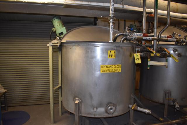 """Lot 49 - Stainless Steel Tank, 48"""" Diameter x 42"""" Depth/330 Gallon Capacity, Includes Motorized Mixer, ID A-"""