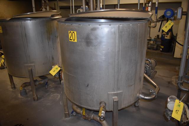 "Lot 3 - Stainless Steel Tank w/Lid, 42"" Diameter x 36"" Depth/210 Gallon Capacity, Motor and Circulating"