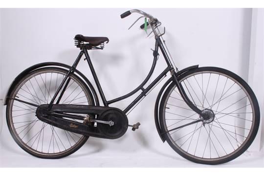 A good vintage Ladies loop frame Raleigh bicycle bike with original ...