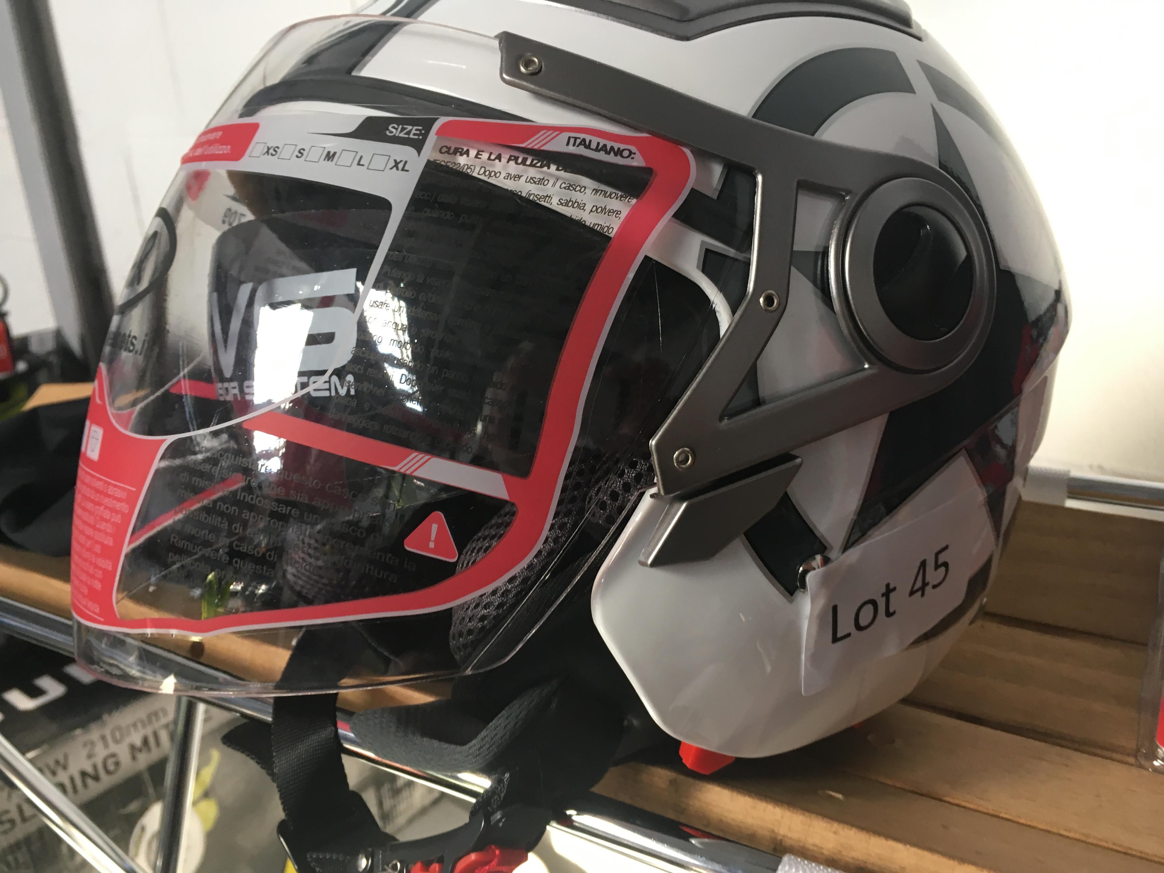 Lot 45 - BHR white / grey motocycle helmet. New.