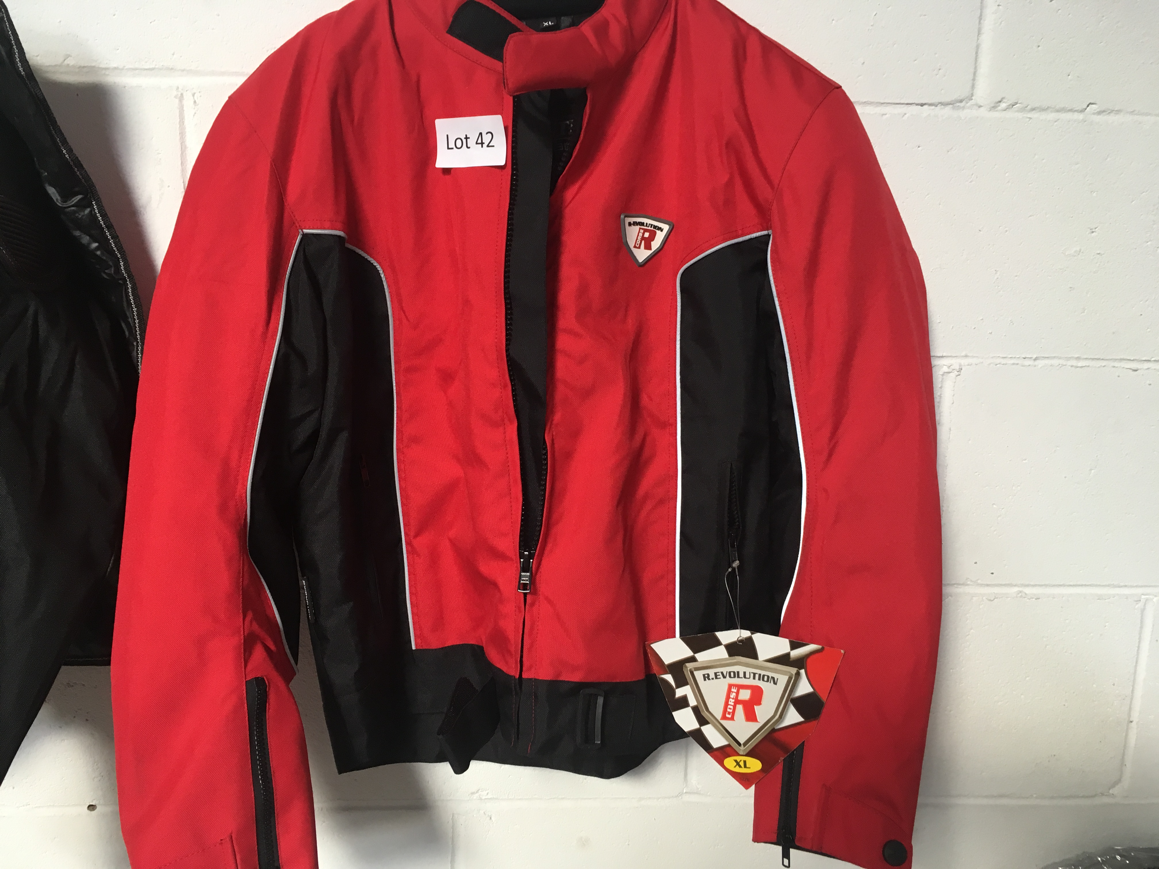 Lot 42 - R.Evolution corseR ladies motorcycle / quad bike jacket. Red in coliur. Size XL. New.