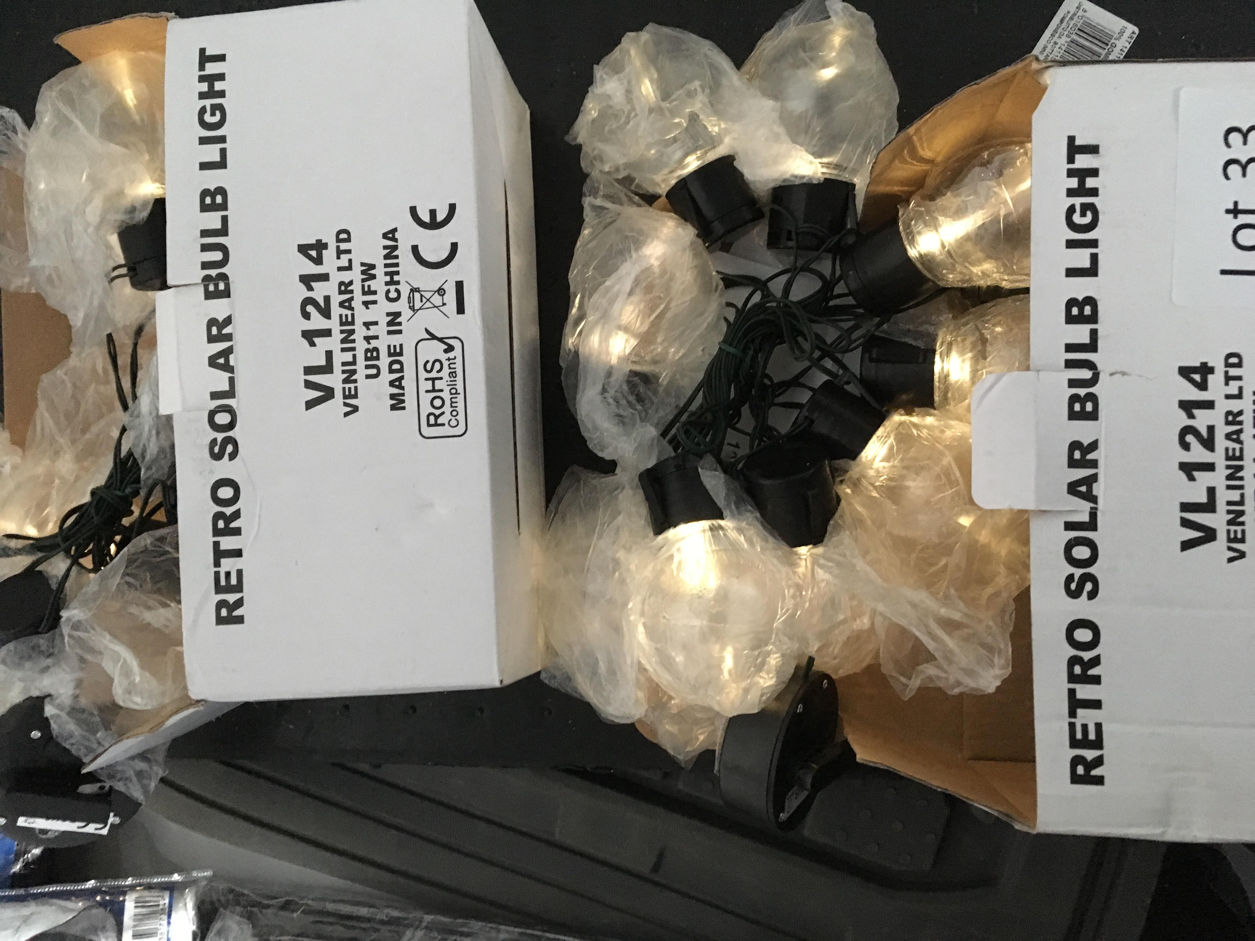 Lot 33 - 2 x retro solar bulb light set. Bad packaging.