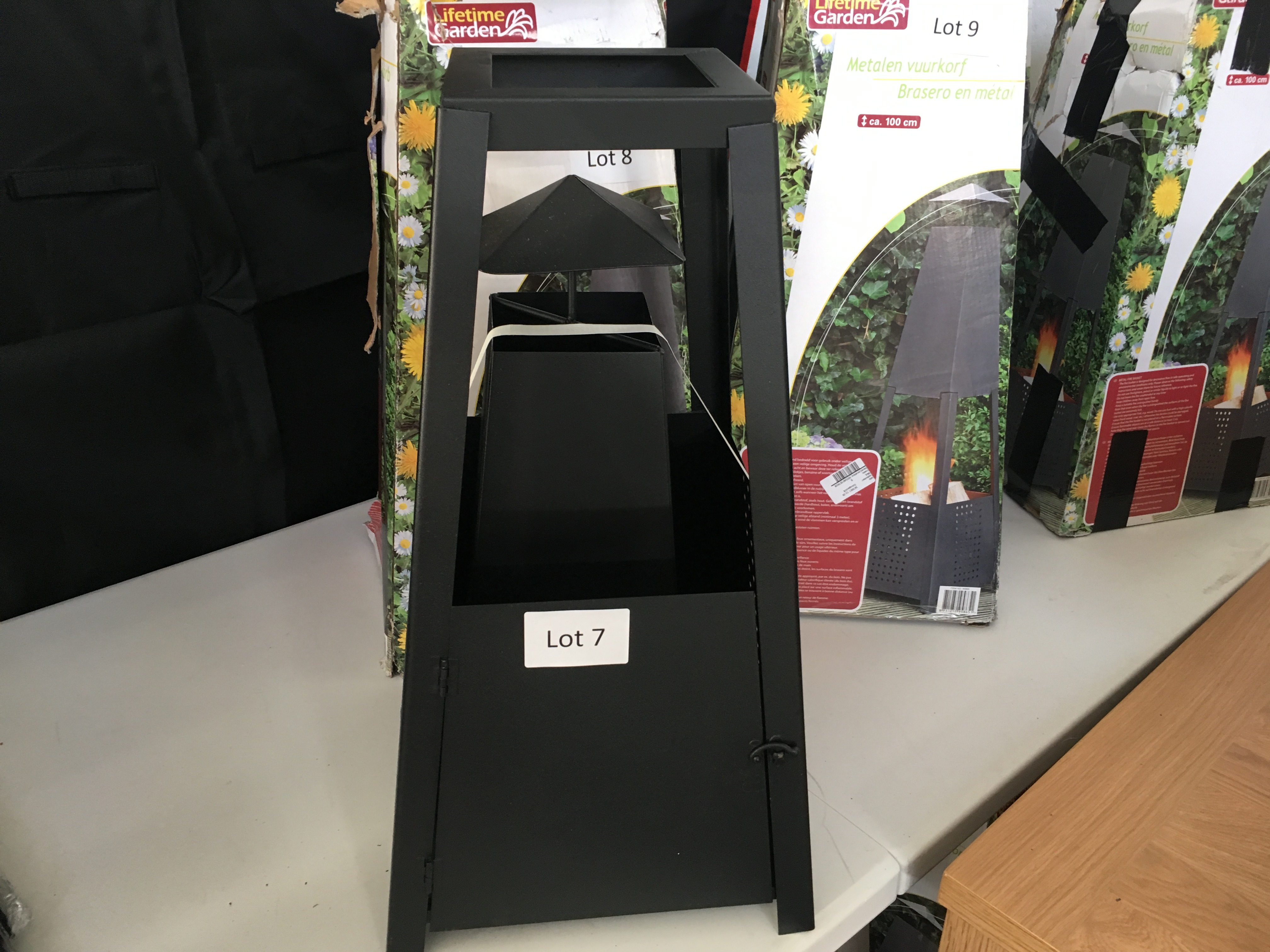 Lot 7 - Lifetime Garden, metal fire basket. Bad packaging.
