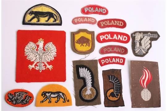 Selection of WW2 Polish Cloth Insignia, consisting of silk
