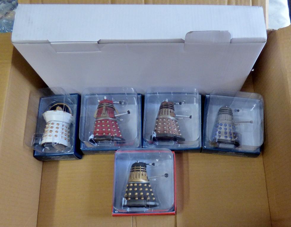 Lot 12 - Dr Who-(5) Figures + Plinth-Models-Flamethrower Dalek-Supreme Dalel-Dalek Emperor Davros-Dalek-