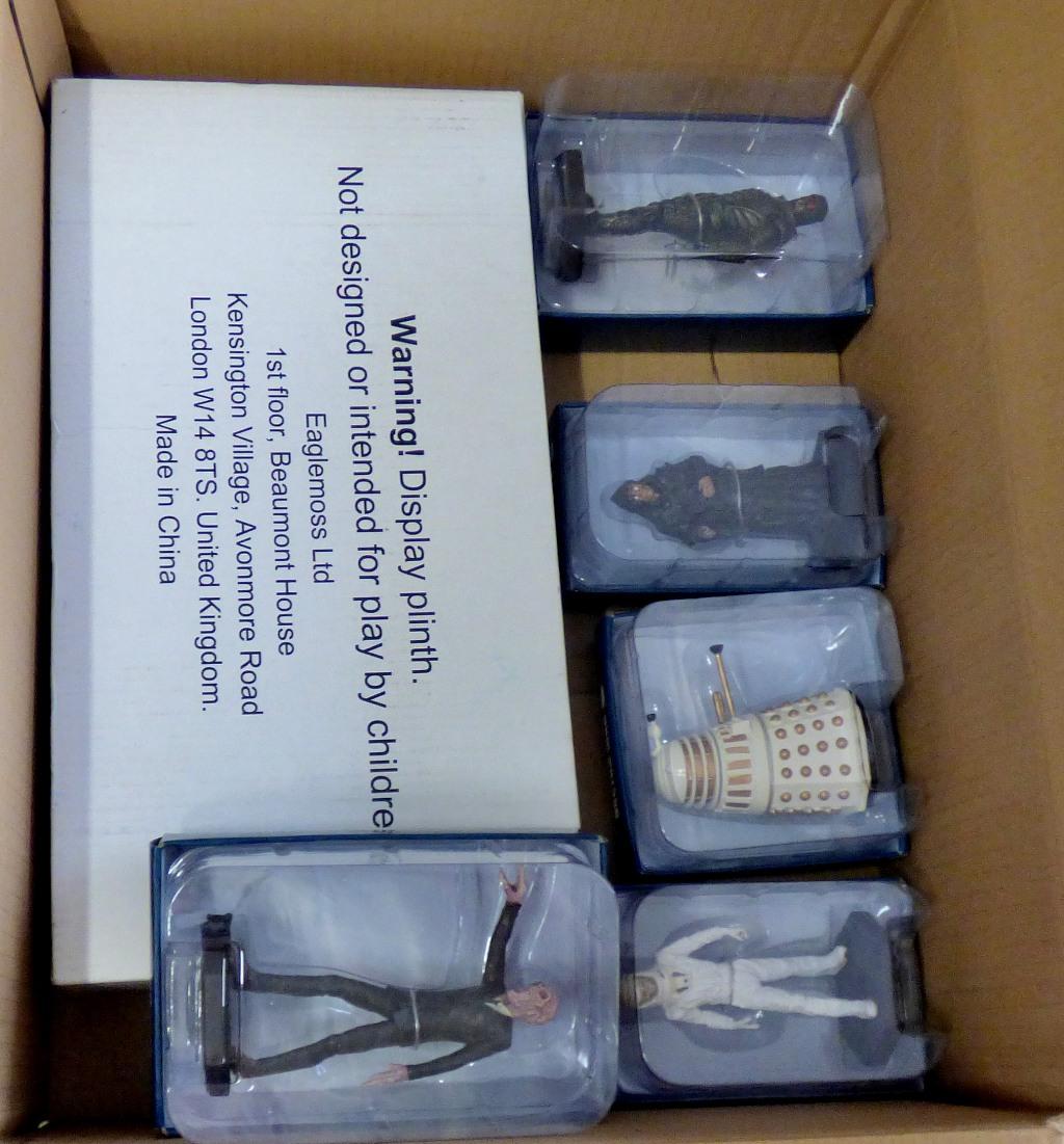Lot 9 - Dr Who-(5) Figures + Plinth-Models-The Master ACR9403-Ice Warrior TT191-Vashta Nerada AAR0477-Silent