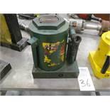 CF Hein Werner 50 Ton Hydraulic Jack