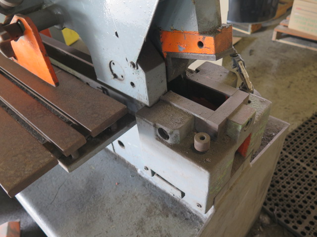 Mubea Hiw750 82 Ton Ironworker S  N 0160489234643 W   18 U201d X