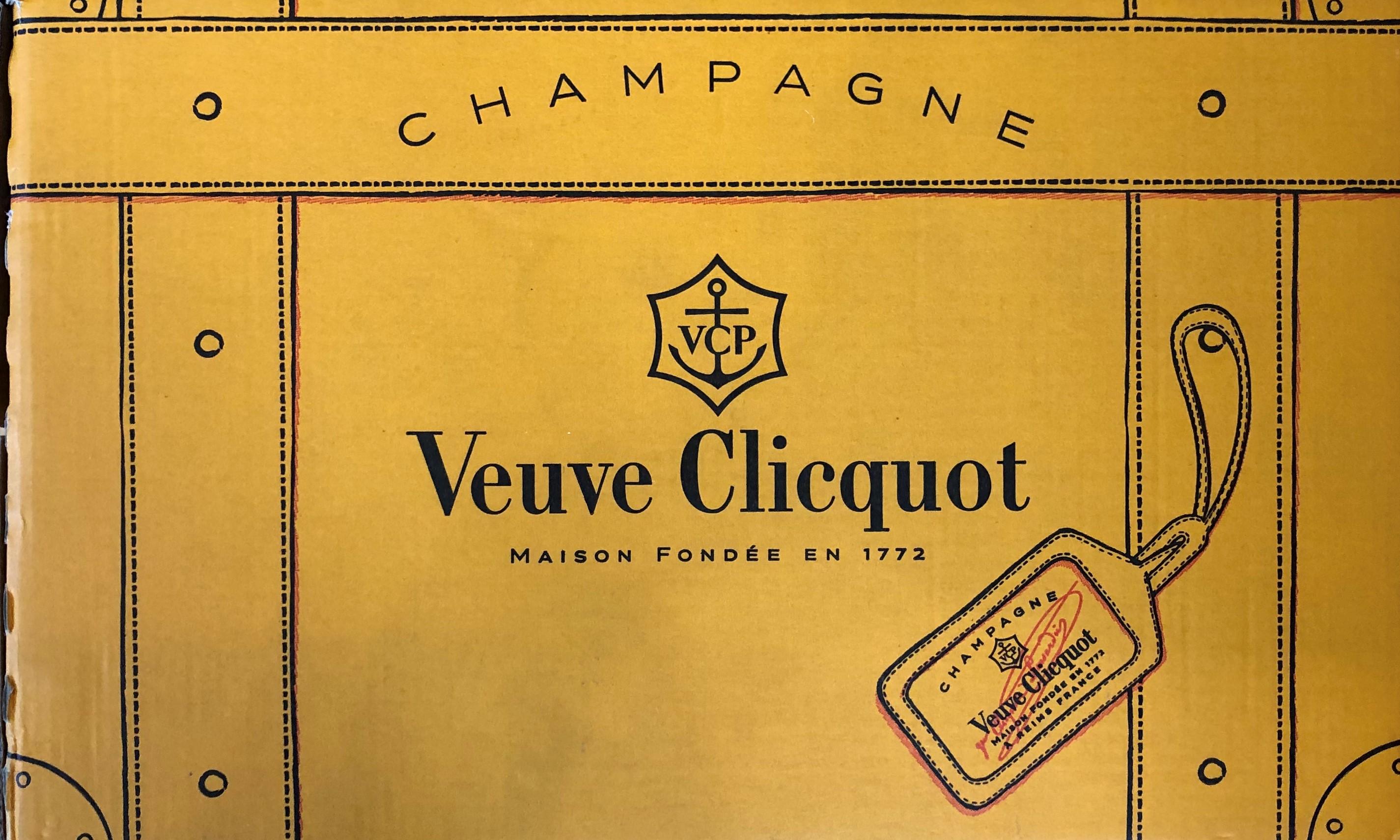 Lot 14 - NV Veuve Clicquot, Champagne, France, 6 bottles