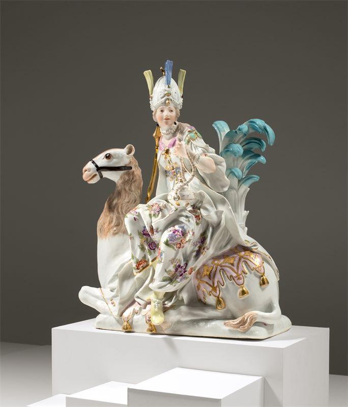 "Los 315b - Porzellanmanufaktur Meissen ()""Große Erdteilgruppe Asien"" – nach dem Modell Johann Friedrich"