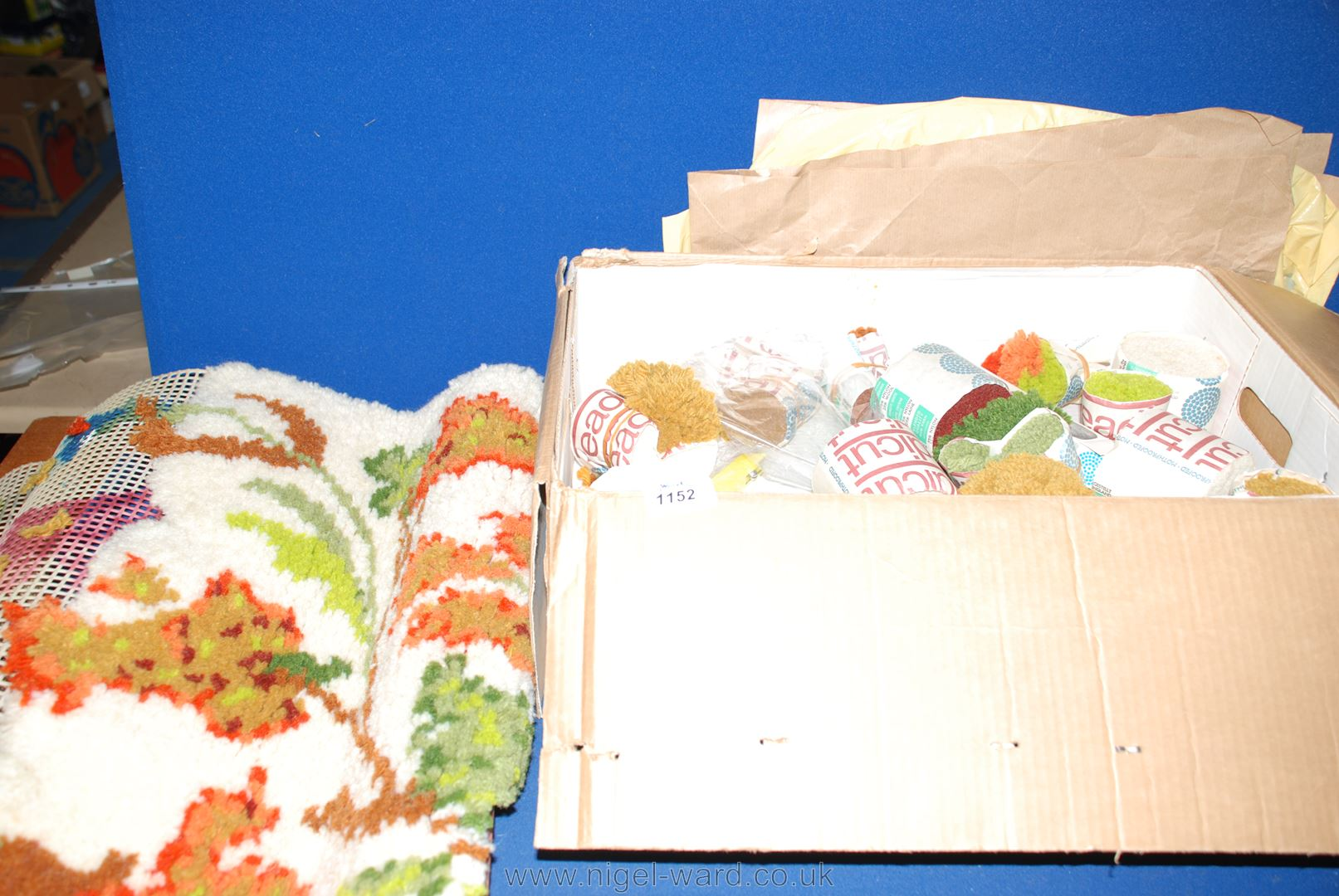 Lot 1152 A Part Made Readicut Rug Making Kit Complete With Tools Instructions And