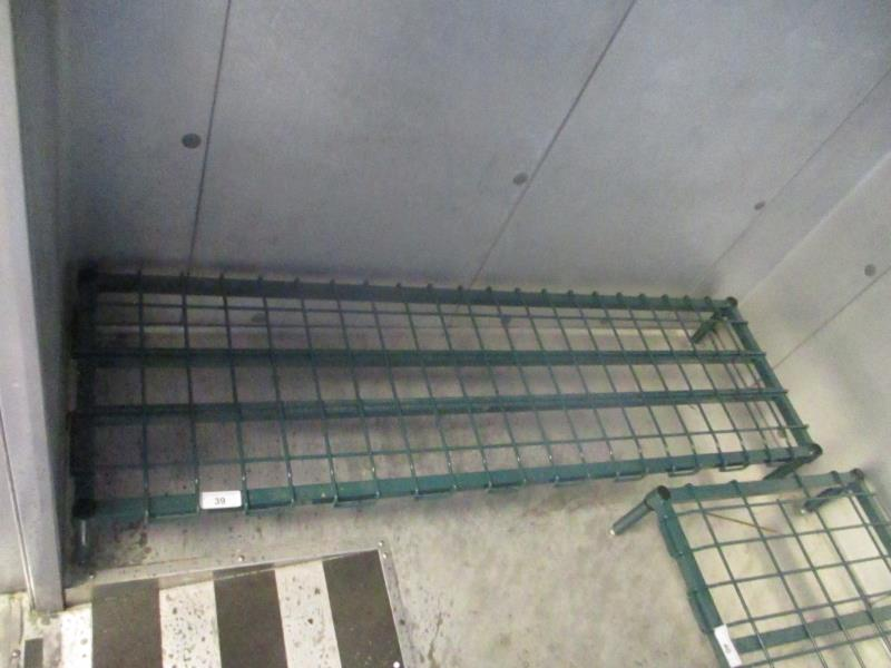 Lot 39 - 5' Metal Wire Dunnage Rack