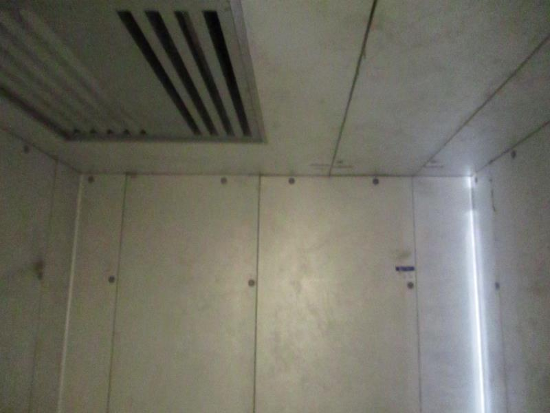 Walk In Cooler / Freezer Combo Unit, (2) Exterior Doors, Drop In Compressors, Overall: 12' x 6' x - Image 8 of 11