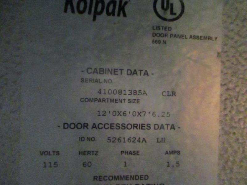 Walk In Cooler / Freezer Combo Unit, (2) Exterior Doors, Drop In Compressors, Overall: 12' x 6' x - Image 7 of 11