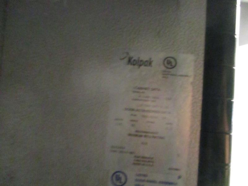 Walk In Cooler / Freezer Combo Unit, (2) Exterior Doors, Drop In Compressors, Overall: 12' x 6' x - Image 6 of 11