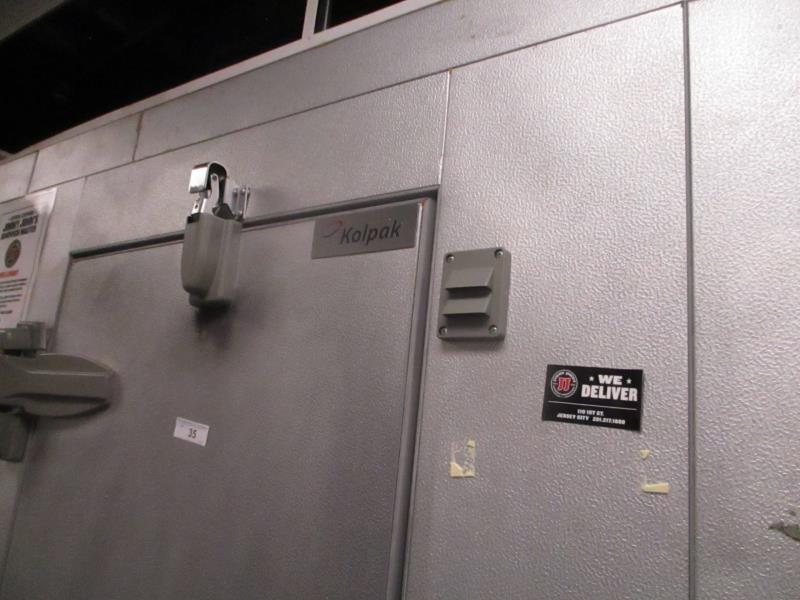 Walk In Cooler / Freezer Combo Unit, (2) Exterior Doors, Drop In Compressors, Overall: 12' x 6' x - Image 2 of 11