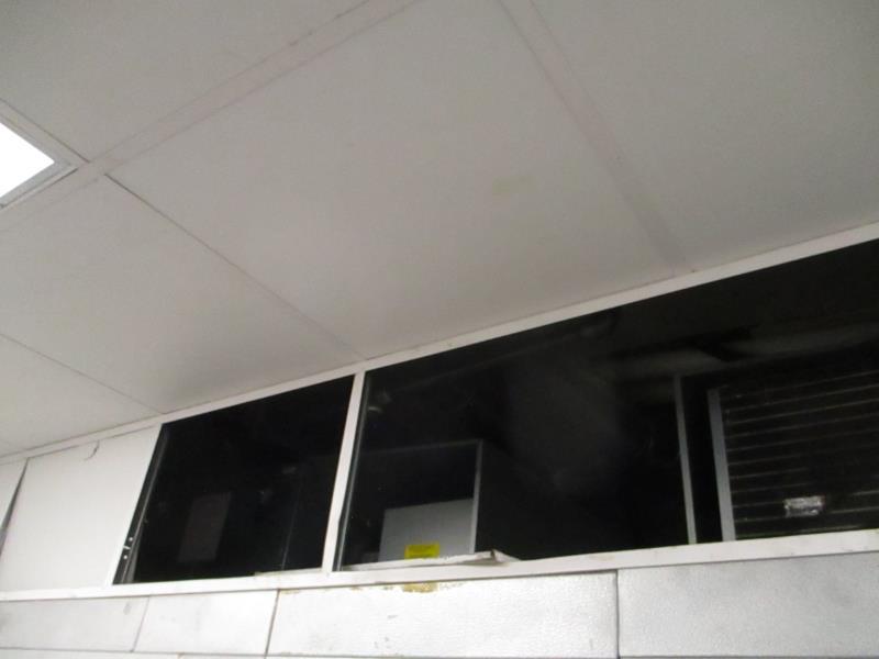 Walk In Cooler / Freezer Combo Unit, (2) Exterior Doors, Drop In Compressors, Overall: 12' x 6' x - Image 5 of 11
