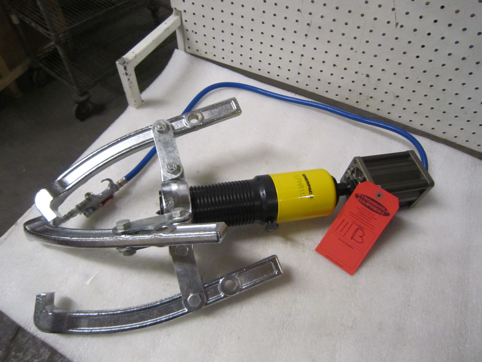 Enerpac Puller Catalog : Enerpac model ephr pneumatic air over hydraulic