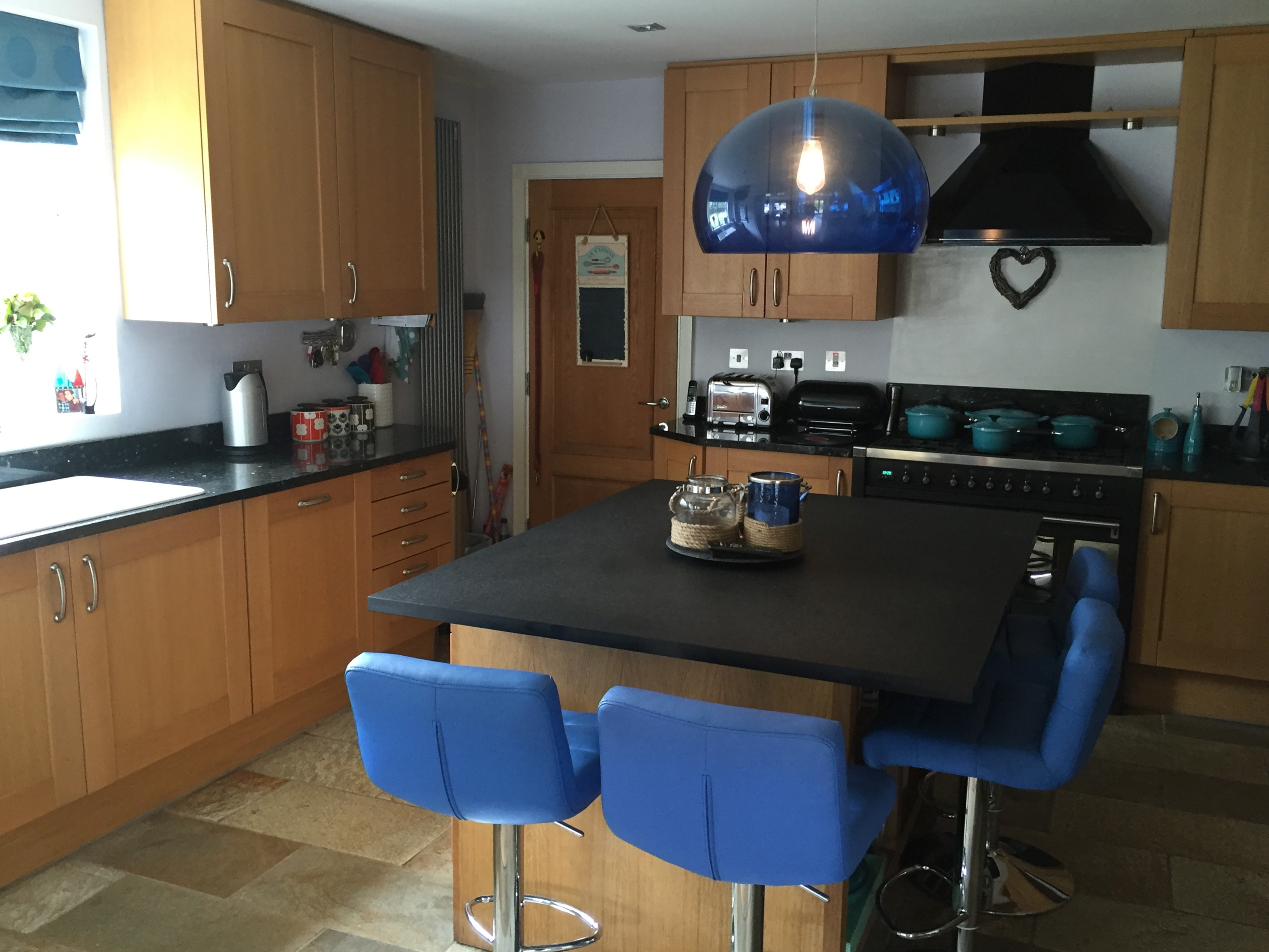 1 x arthur bonnet fitted kitchen classic solid oak for Oak fitted kitchen