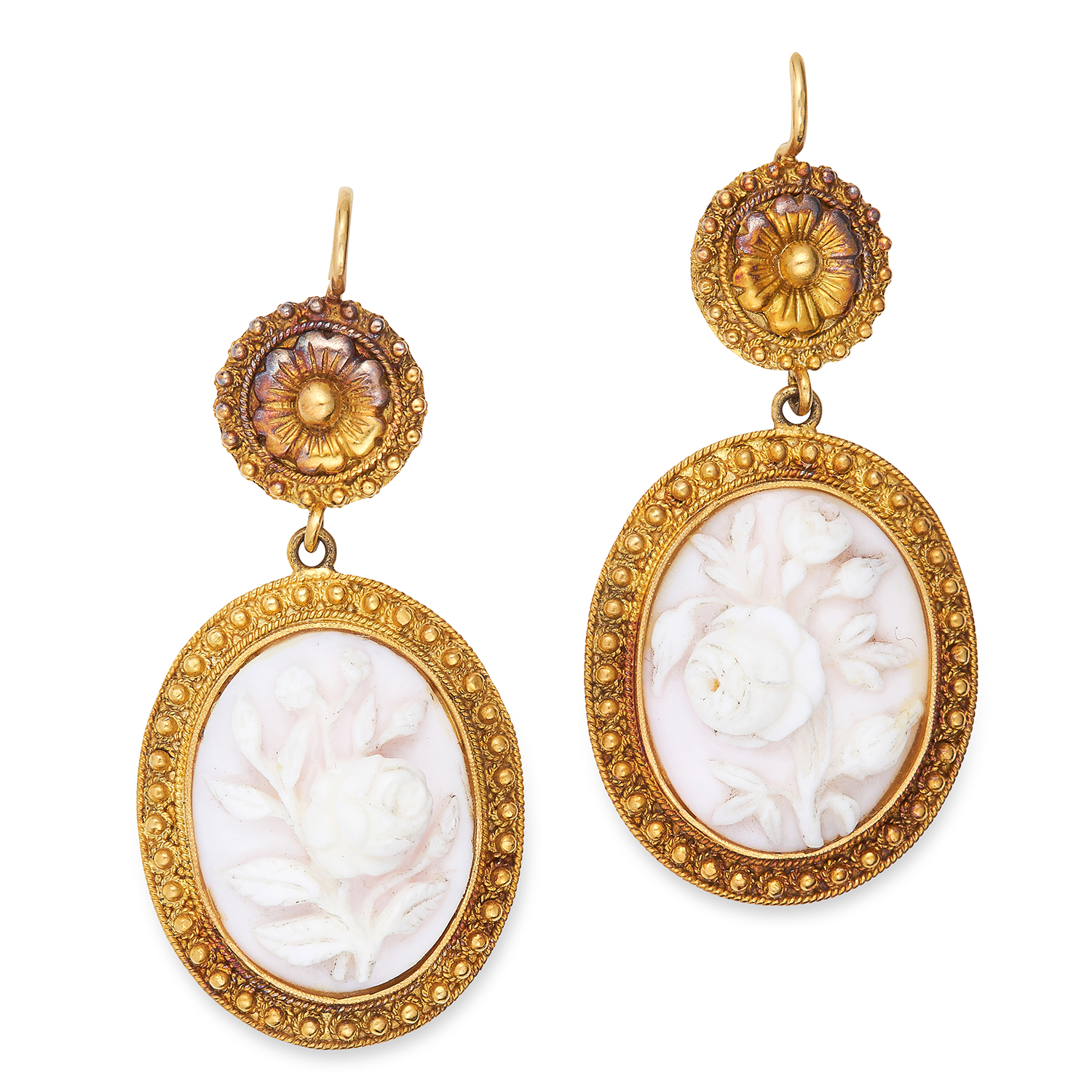 ANTIQUE CORAL CAMEO EARRING AND NECKLACE SUITE in Etruscan revival design, set with carved coral - Bild 2 aus 3