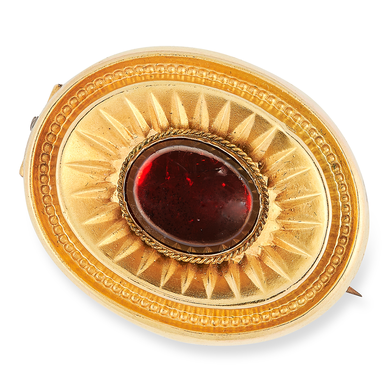 ANTIQUE VICTORIAN GARNET BROOCH set with a cabochon garnet, with glass locket back, 3cm, 7.2g.