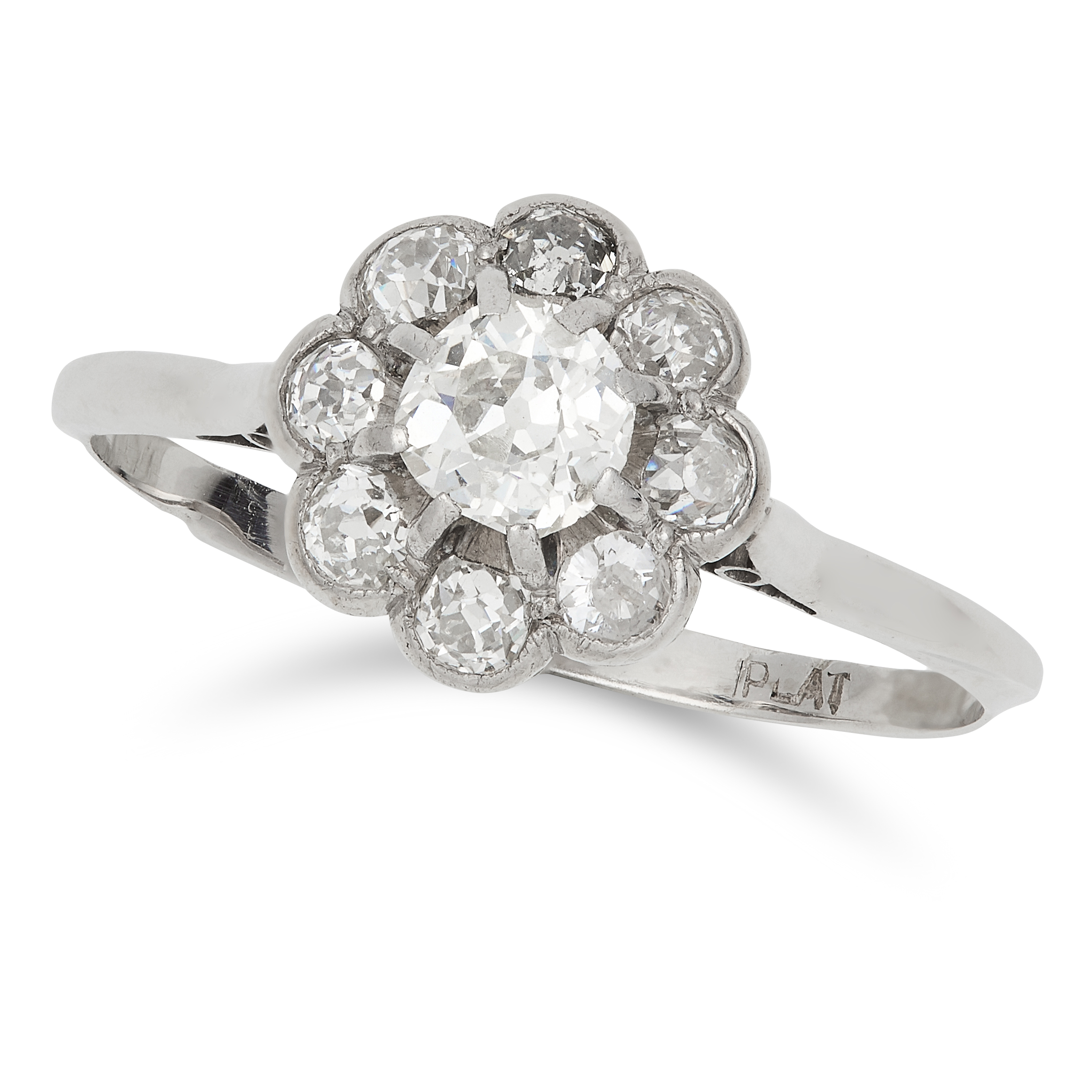 Los 36 - DIAMOND CLUSTER RING set with round and old cut diamonds, size V / 10.5, 2.9g.