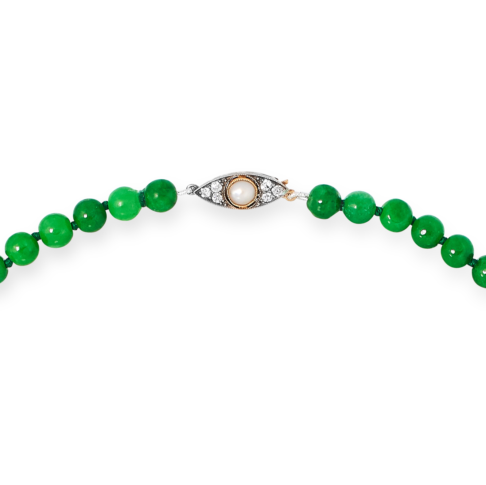 JADE BEAD NECKLACE comprising of a single row of jade beads, with round cut diamond and pearl clasp, - Image 2 of 2