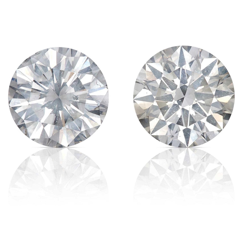 Los 41 - A PAIR OF 3.13 CARAT DIAMOND STUD EARRINGS each stud set with a round brilliant cut diamond,