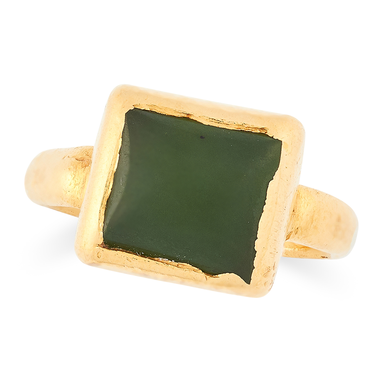ANTIQUE 15TH OR LATER CENTURY GREEN GEMSTONE RING set with polished green gemstone, size H / 4, 6.