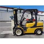 2010 Yale GDP070VXN 7,000lb Forklift