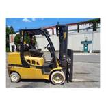2012 Yale GLC100VXNGSE092 10,000lb Forklift