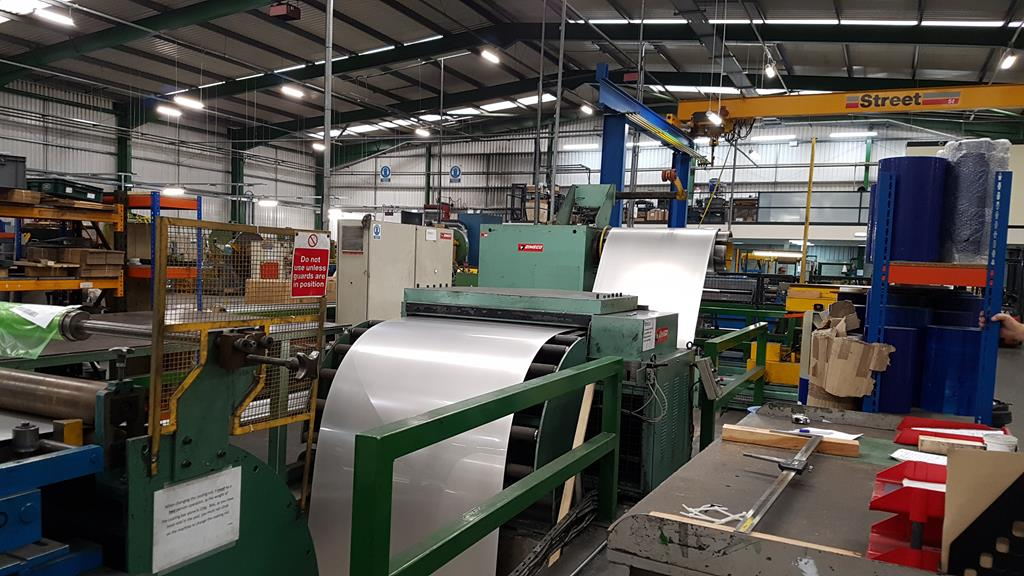 Dimeco 1300mm Cut to Length Line for Stainless Steel and Aluminium. Reserve £10,000 - Image 16 of 24