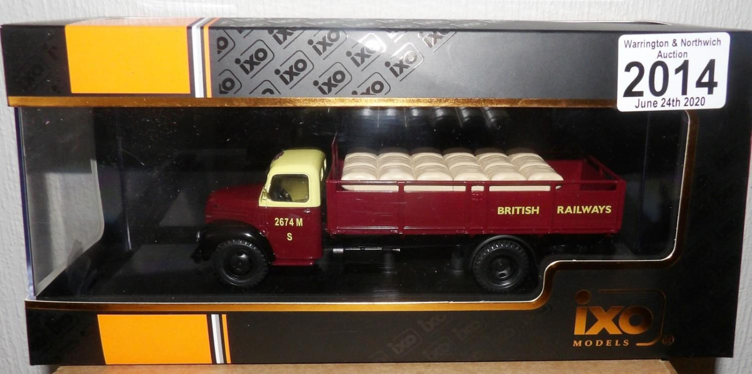 IXO 1.43Scale Ford Thames ET6 1953 British Railways. P&P Group 1 (£14+VAT for the first lot and £1+