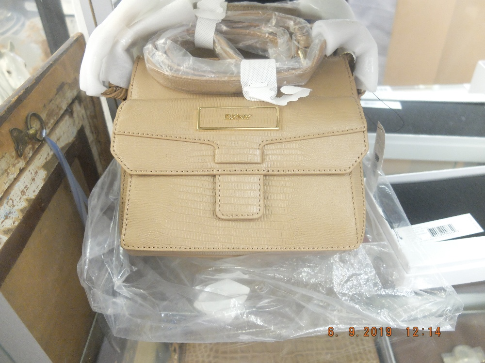Lot 137 - A DKNY, camel,handbag, colour code 262, style:763510102u, leather, brand new unused,