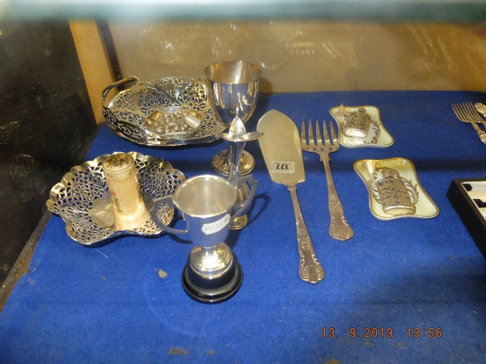 Lot 177 - A mixed assortment of small items including silverware and Limoges porcelain