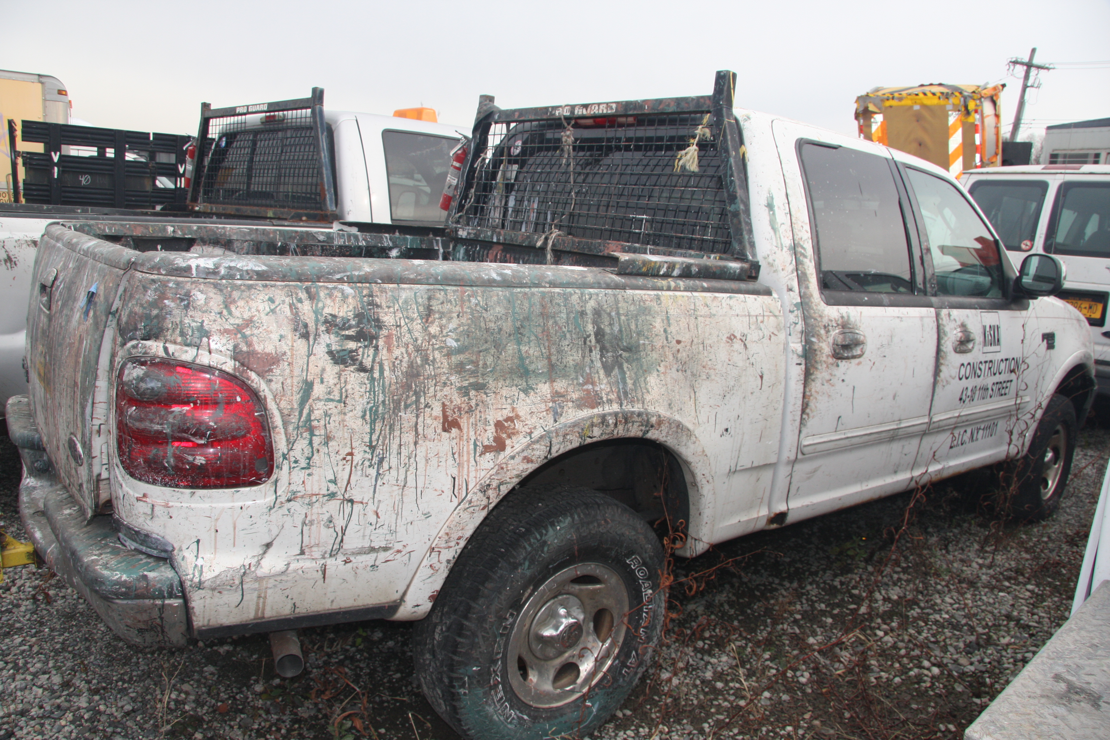 Lot 27 - 2003 FORD F-150 XLT PICKUP TRUCK, CREW CAB, TRITON V8, AUTOMATIC, APPROXIMATELY 214,220 MILES,