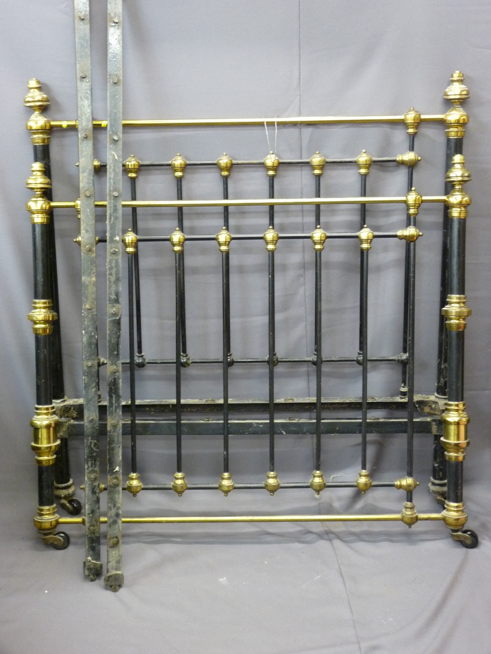 Lot 81 - METAL & BRASS EFFECT HEAVY GAUGE BED FRAME, 140cms width x 190cms length approx