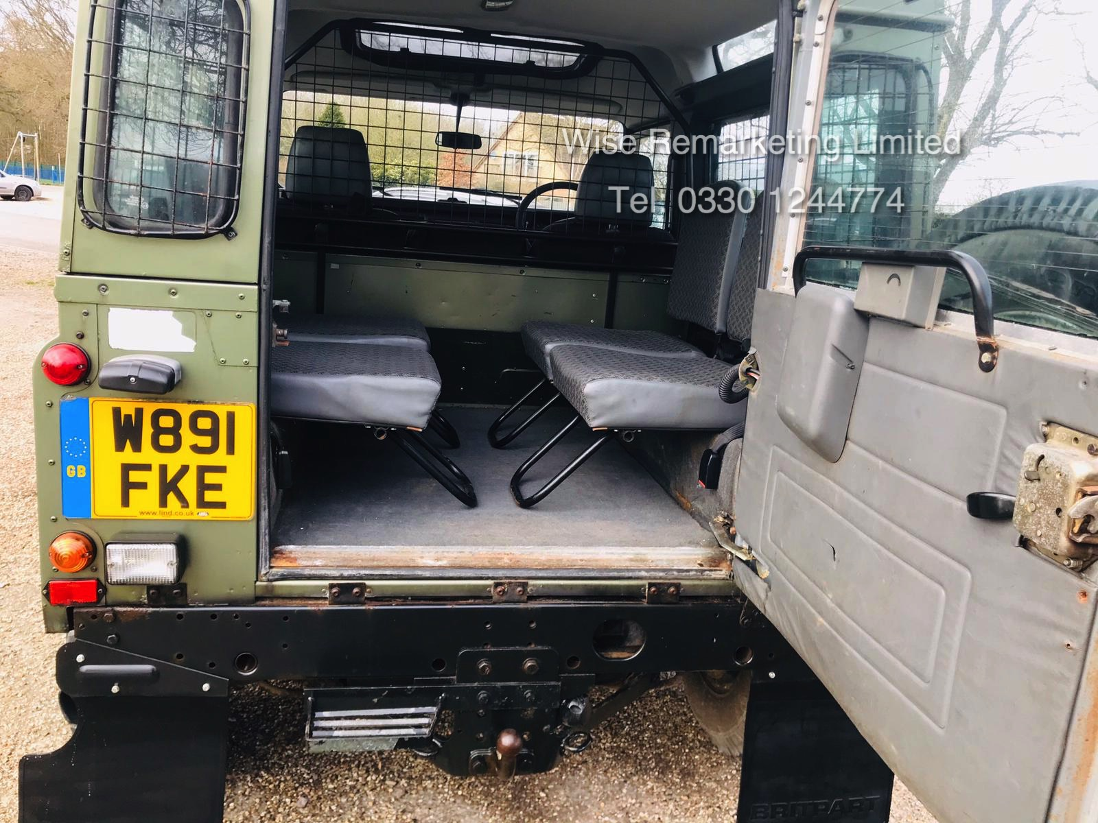 (RESERVE MET) Land Rover Defender 90 County 2.5 TD5 - 2000 Year W Reg - 7 Seater- SAVE 20% NO VAT - Image 6 of 12