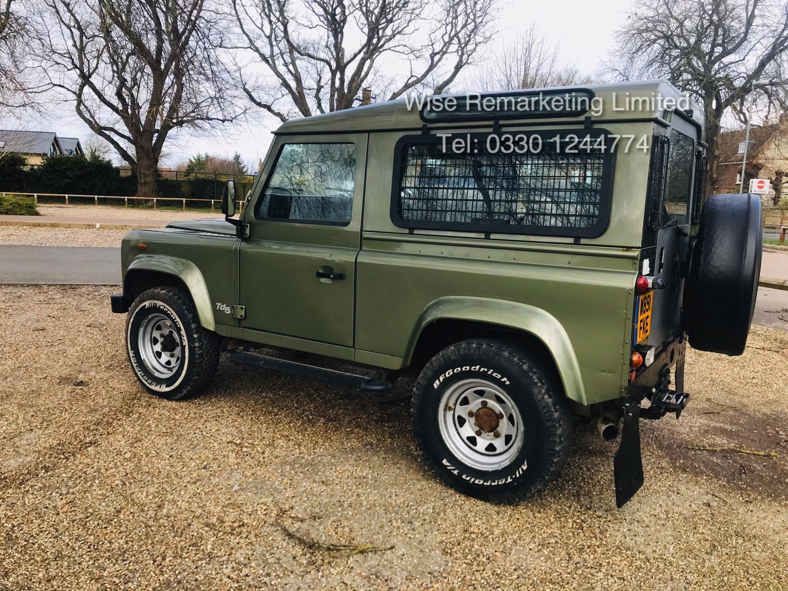 (RESERVE MET) Land Rover Defender 90 County 2.5 TD5 - 2000 Year W Reg - 7 Seater- SAVE 20% NO VAT - Image 5 of 12
