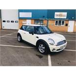 Mini Cooper 1.4l One - 2008 Model - Service History - Air Con - White
